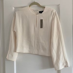 J. Crew Tops - NWT J.CREW 365 Ivory Cropped Top in Crepe